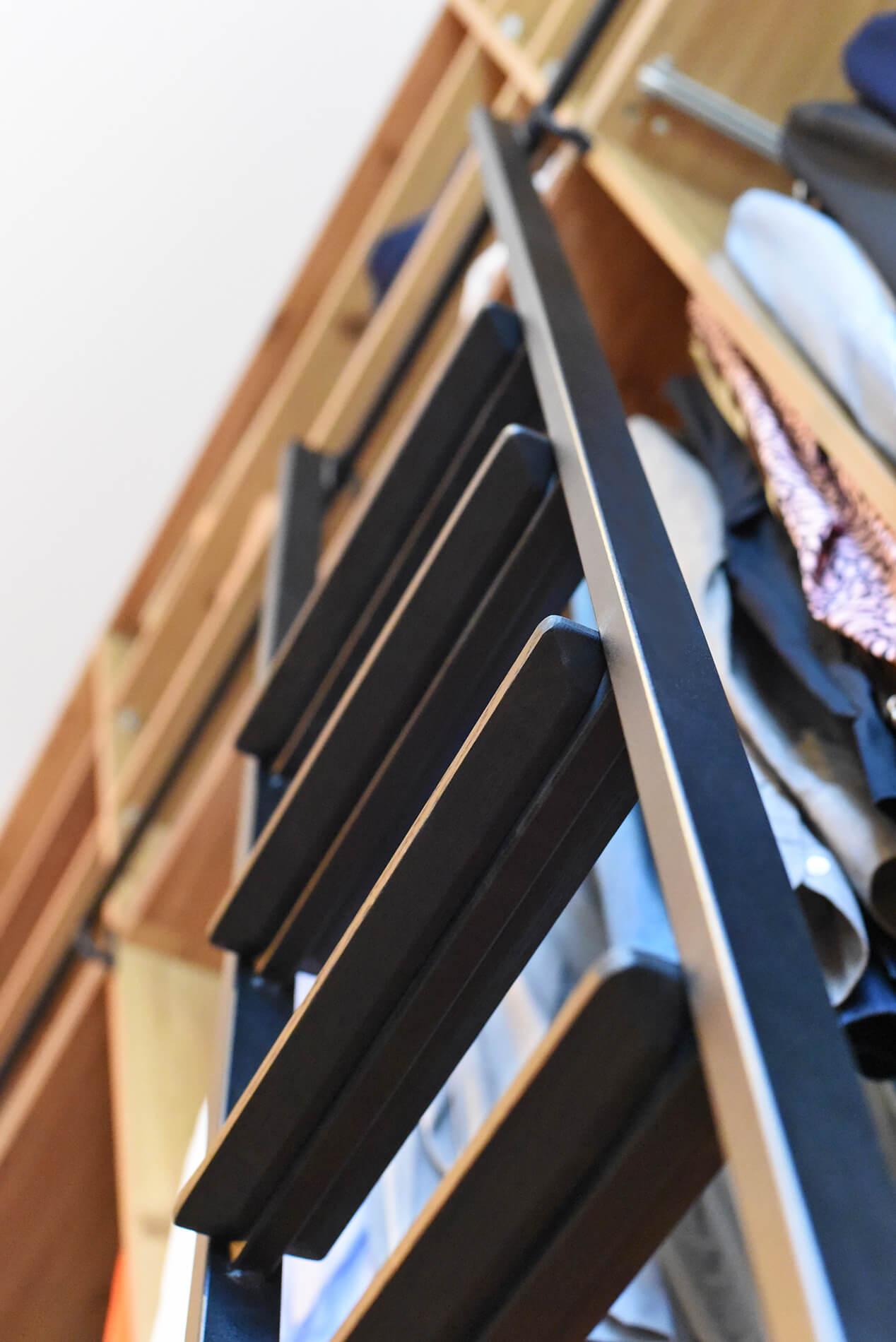 Stalen ladder voor garderobe, boekenkast of keuken