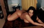 jolie fille du 81 montre ses gros nichons nue en photo