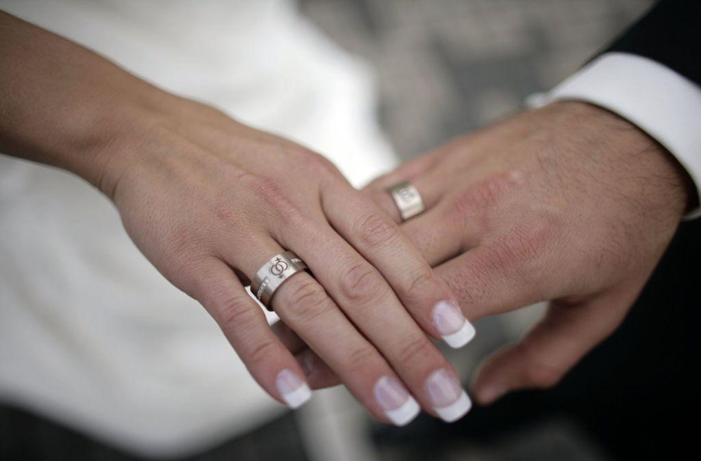 Der Perfekte Verlobungsring Fur Den Heiratsantrag Heiraten Mit
