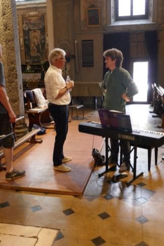 Nach der Probe: Ein begeisterter Enrico Trummer im Gespräch mit dem wunderbaren Pianisten Roberto Olzer :-)