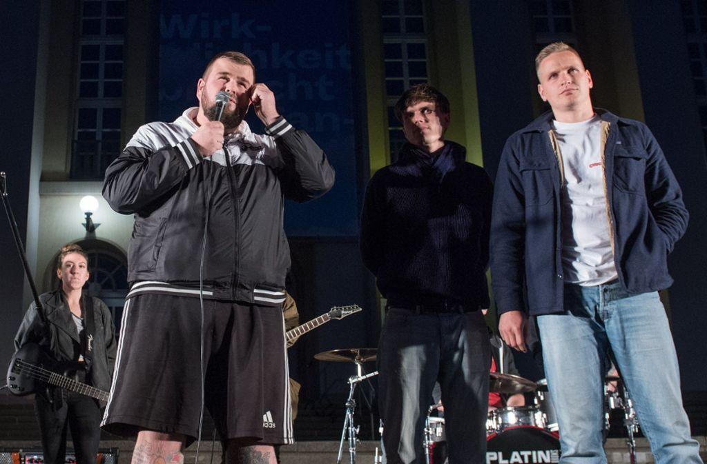 Feine Sahne Fischfilet Konzertabsage Arm In Gips Punkband Ausgebremst Kultur Stuttgarter Zeitung