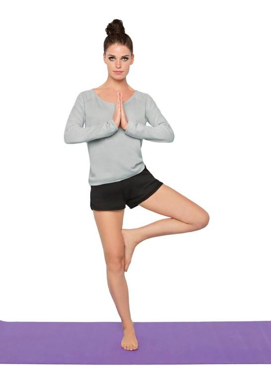 Fitness et loisir short femme à bords arrondies