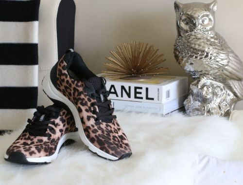 Vionic Shoes Leopard sneakers