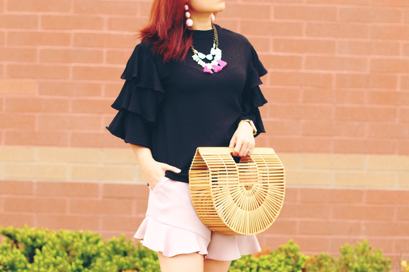 ruffle top, ruffle shorts, ark bag