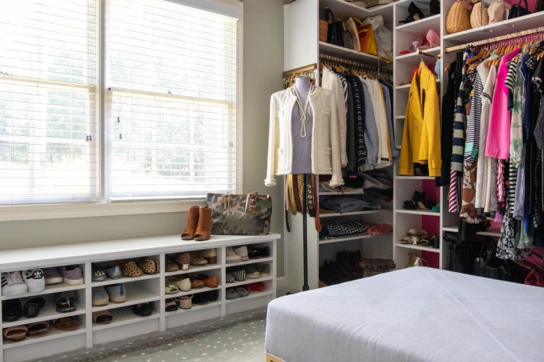 how to organize your closet in three steps