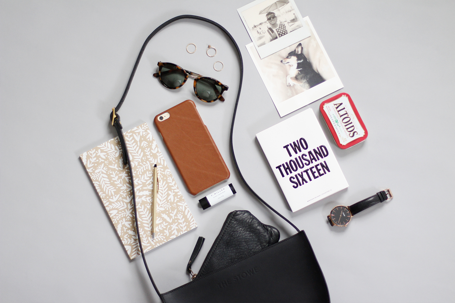 Style Bee - What's In My Bag