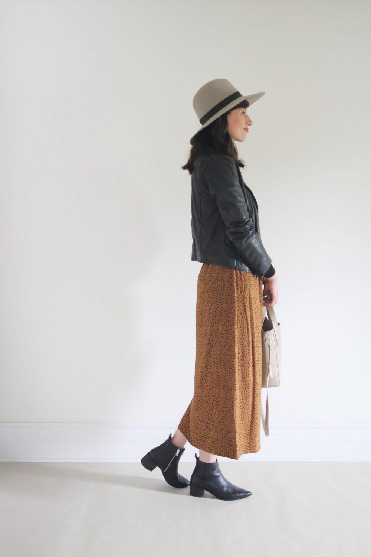 Style Bee - Animal Print Skirt - 4 Ways