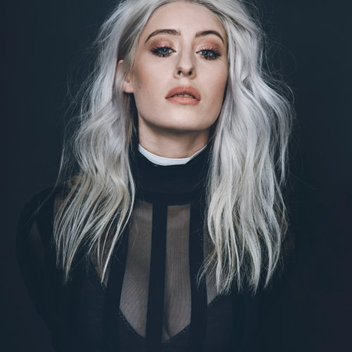 interview-wth-welsh-singer-songwriter-violet skies-music-fashion-shewrites-reformation-bitchplease-UK-Wales-indie music-lifestyle-acceptance-travel-style by nomads-stylebynomads