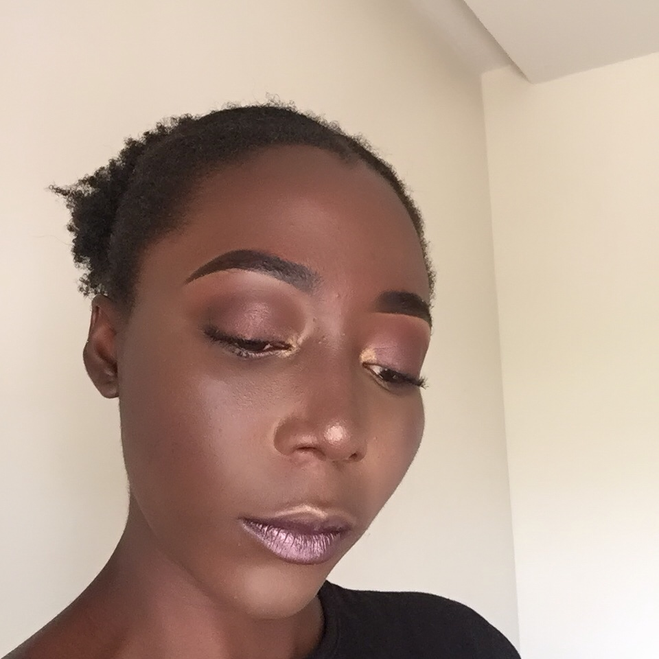 Mauve Eyeshadow using MUR Iconic Vitality.