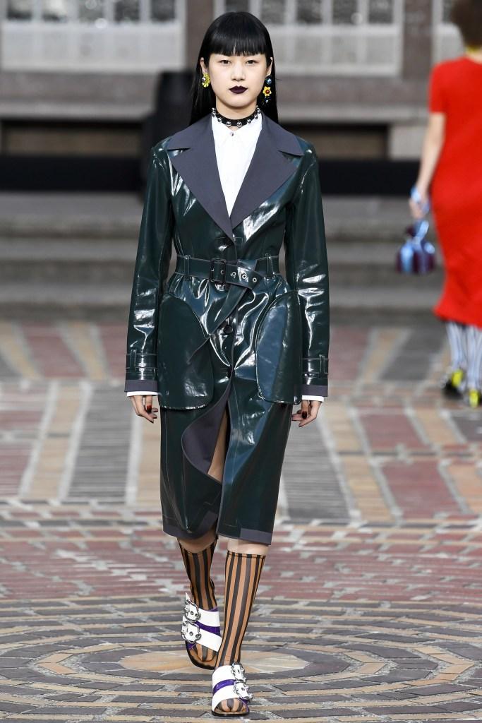 KENZO Plastic Fashion