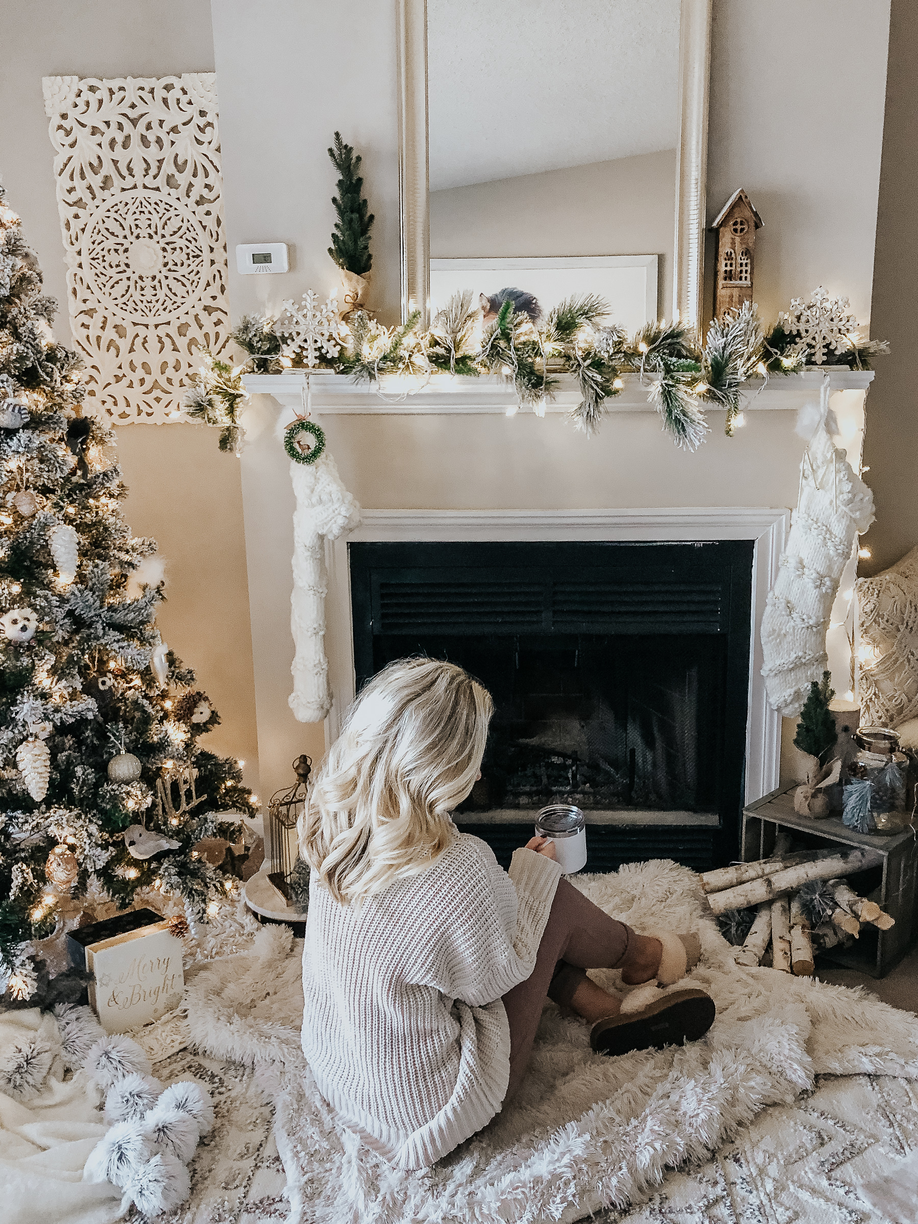 5 Tips For Decorating A Small Space For The Holidays Style