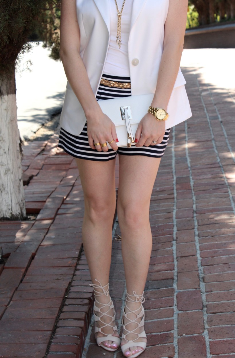 Striped Shorts_White Vest_Details_1