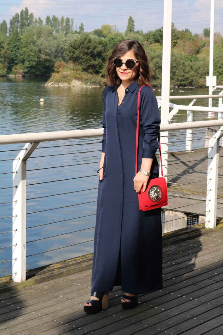 Navy_Maxi_Dress_Fall_Outfit_3