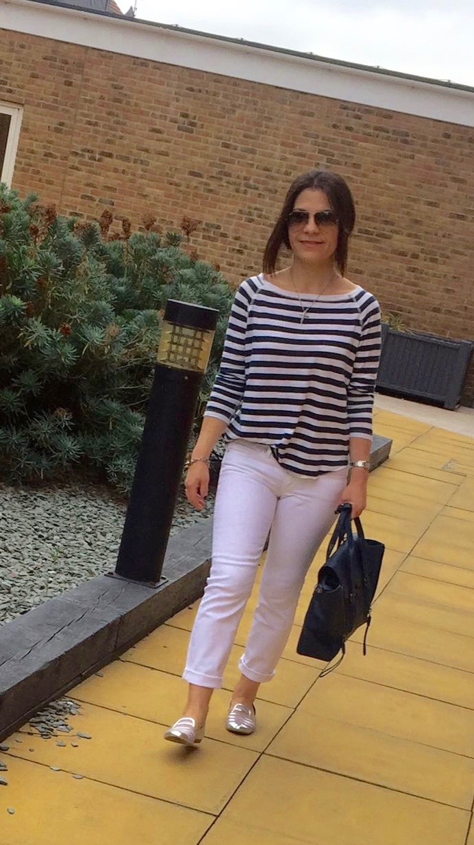 white-jeans_striped-tee_3
