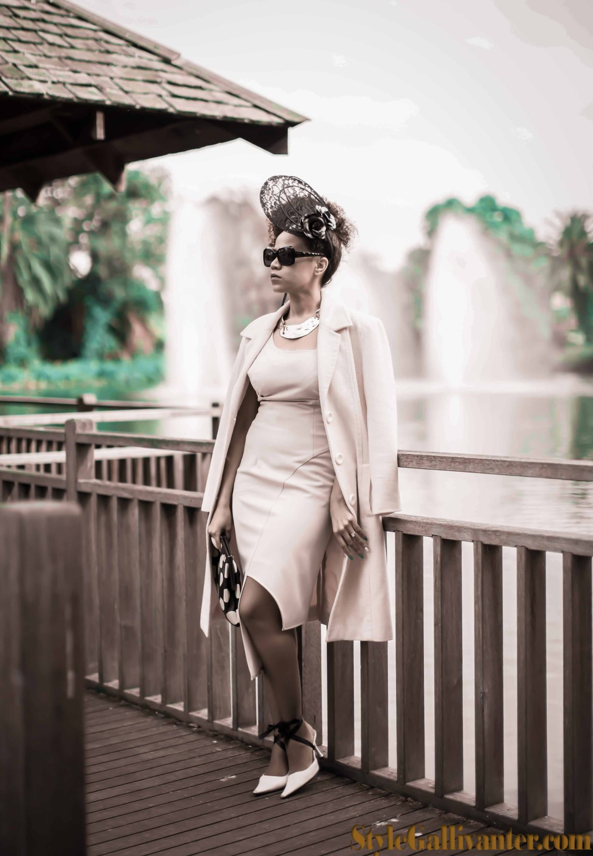 melbourne-cup-2014_cream-dress_cream-coat_best-melbourne-fashion-blog_best-african-fashion-blog_best-afro-editorial_high-fashion-afro_easy-afro-hairstyles_emirates-melbourne-cup-fashion-2013