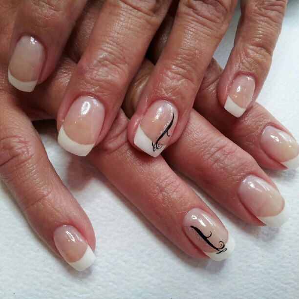 French Tips For Prom 2017