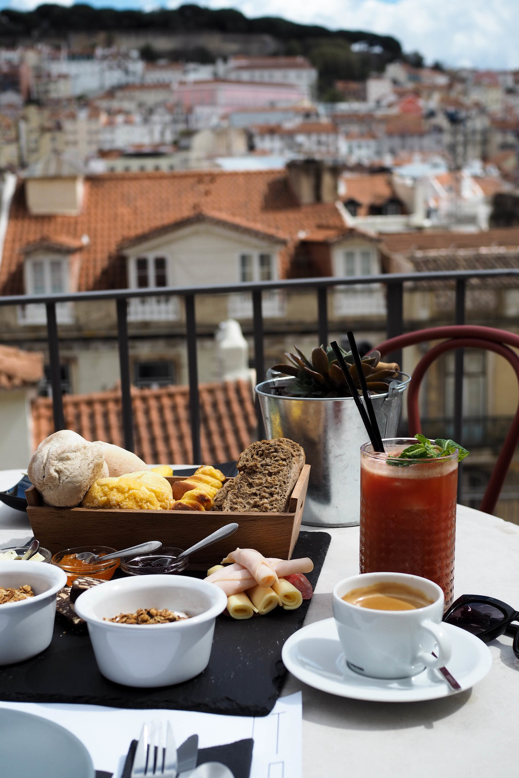 MY 72 HOUR GUIDE TO LISBON