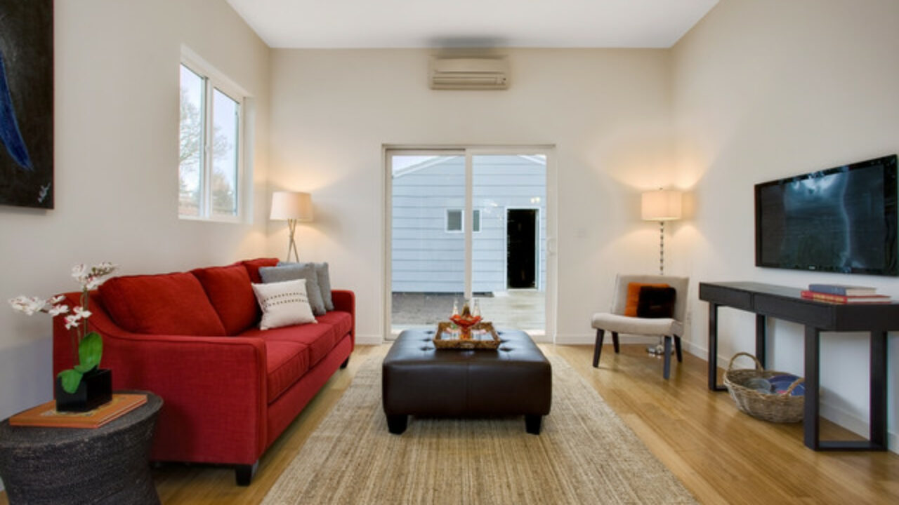 How To Furnish A Living Room With A Red Sofa 16 Stylish
