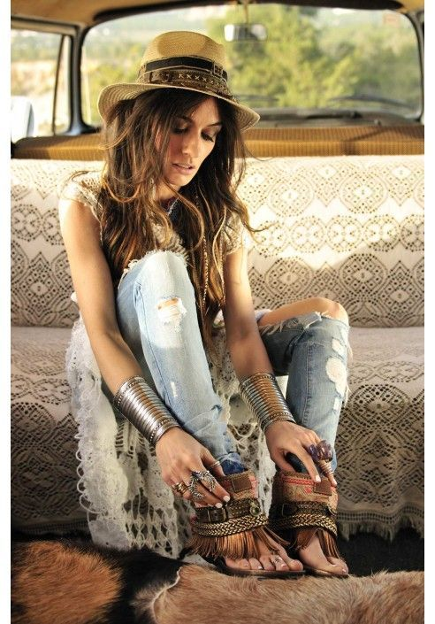15 Boho Chic Ideas For Original Artistic Look