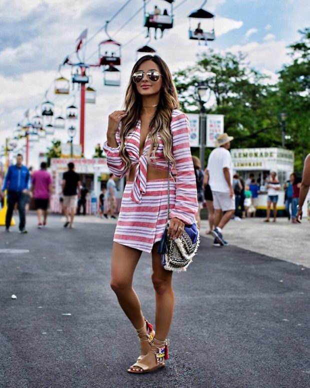 17 Chic Skirt and Top Combos for Summer 2017