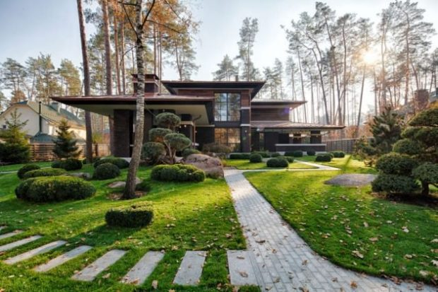 The Prairie House By Yunakov Architecture in Kiev, Ukraine Is A Home That You Must See