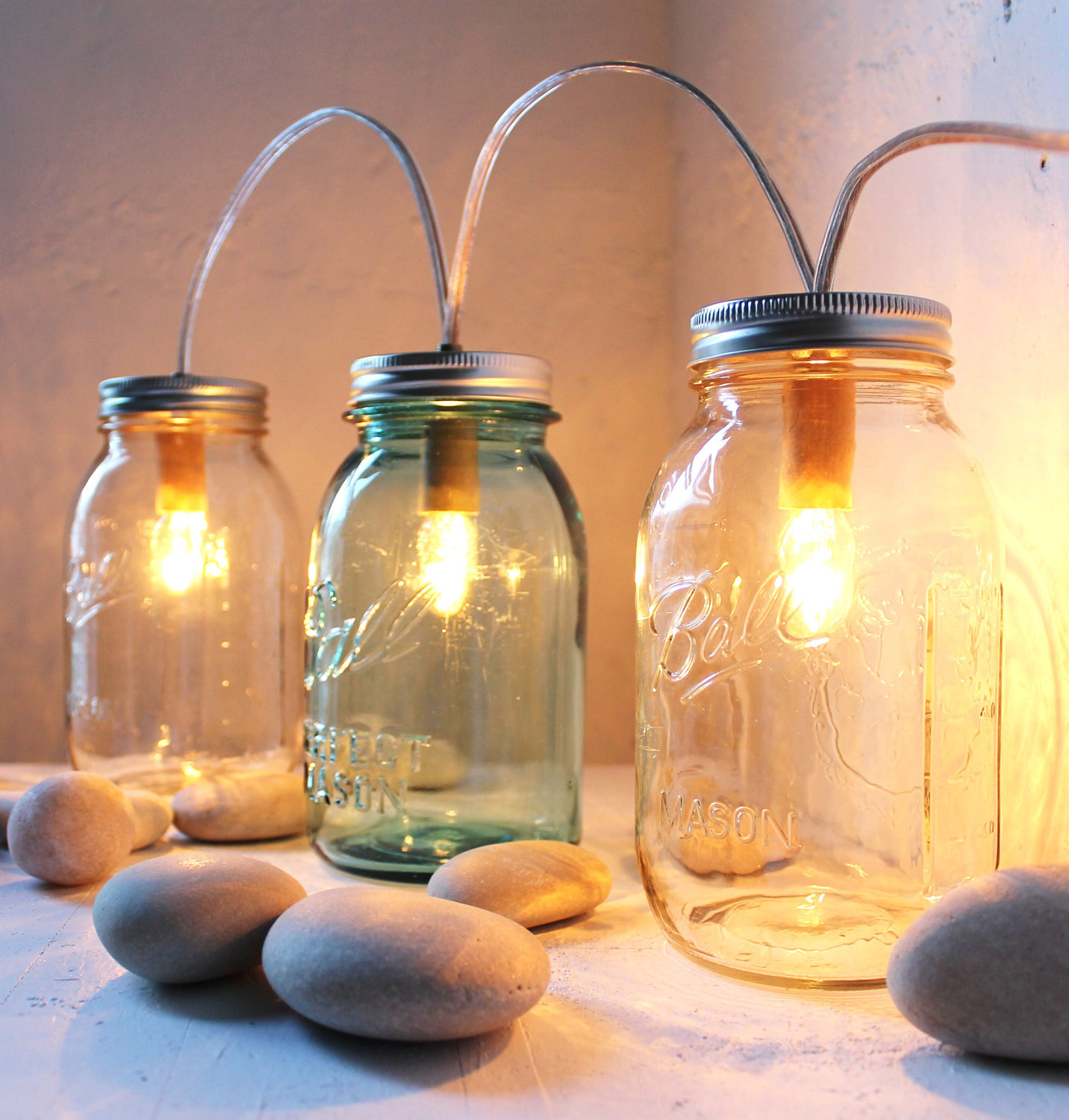 16 Cool Handmade Mason Jar Crafts That You Can DIY