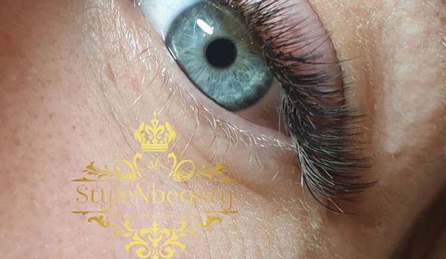 🌟Volume lashes for this Beauty 🌷⚘😍 🌟Du kan smidigt boka dina behandlingar via https://ift.tt/2ttVEX3 och du kan även välja att betala dina behandlingar via klarna 👌