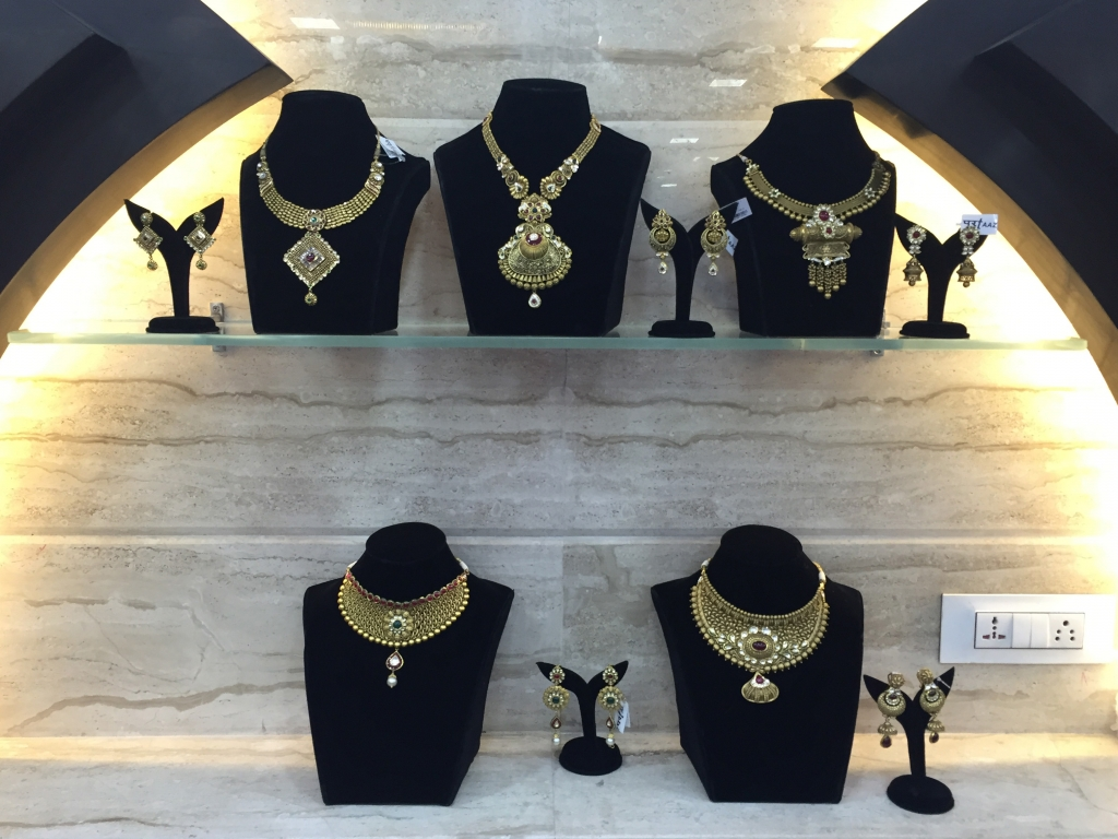 Jewelry displayed before the re set up. PC- Style Prer
