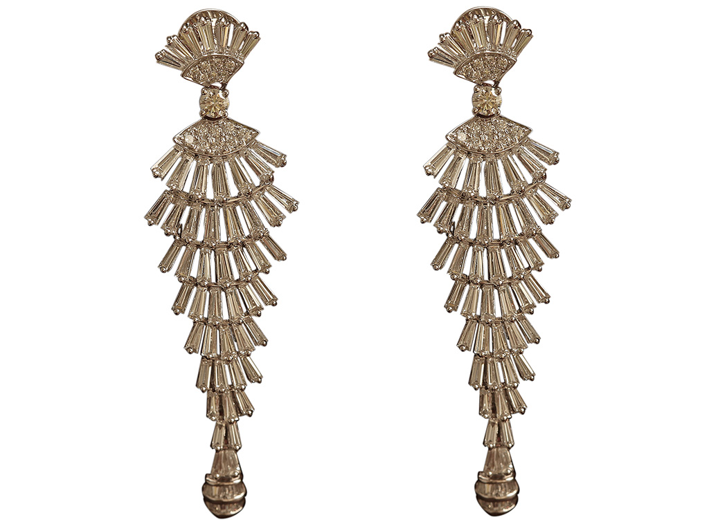 Diamond Chandeliers By Madhuri Dixit For PNG From The Timeless Collection PC- StylePrer