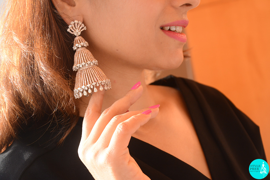 Dazzling Jhumkas By Manish Malhotra For Anmol Jewellers With Forevermark Diamonds