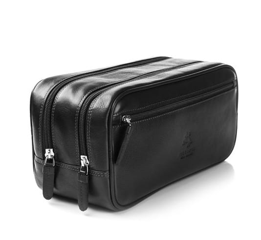 a16731c890ef Three Great Ideas For The Perfect Men S Toiletry Bag Travel Shaving