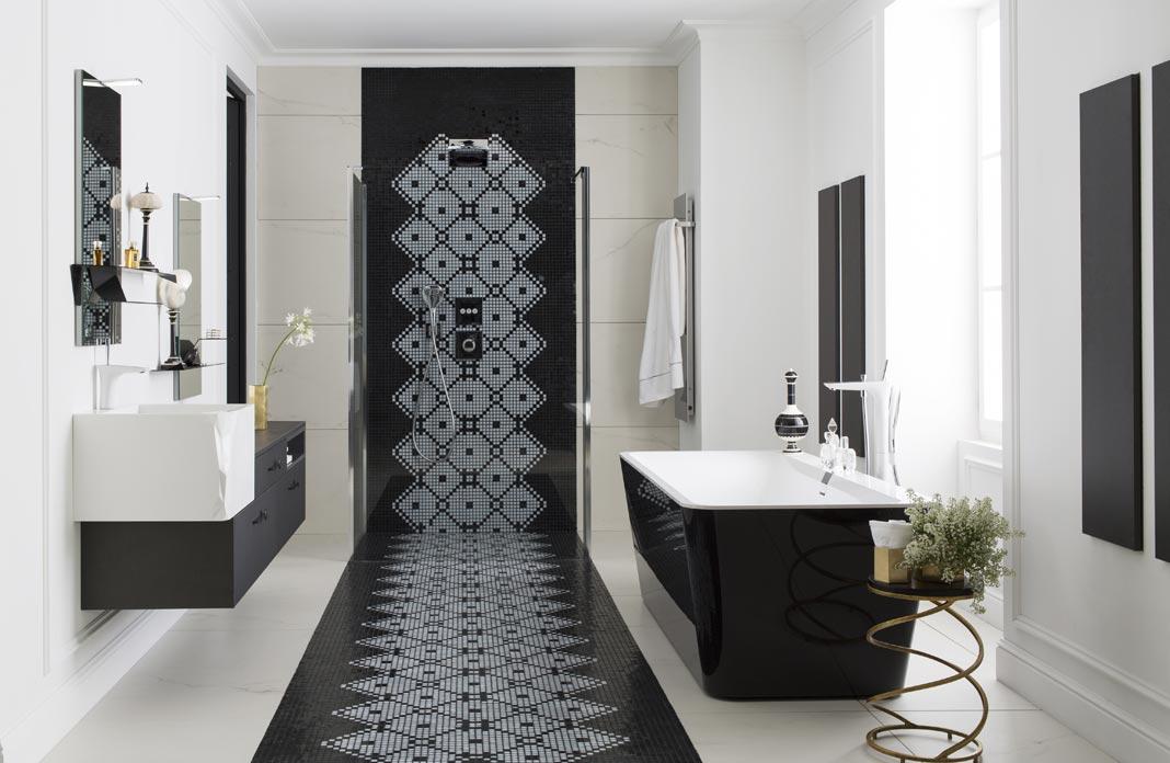 salle de bains raffinement en noir et