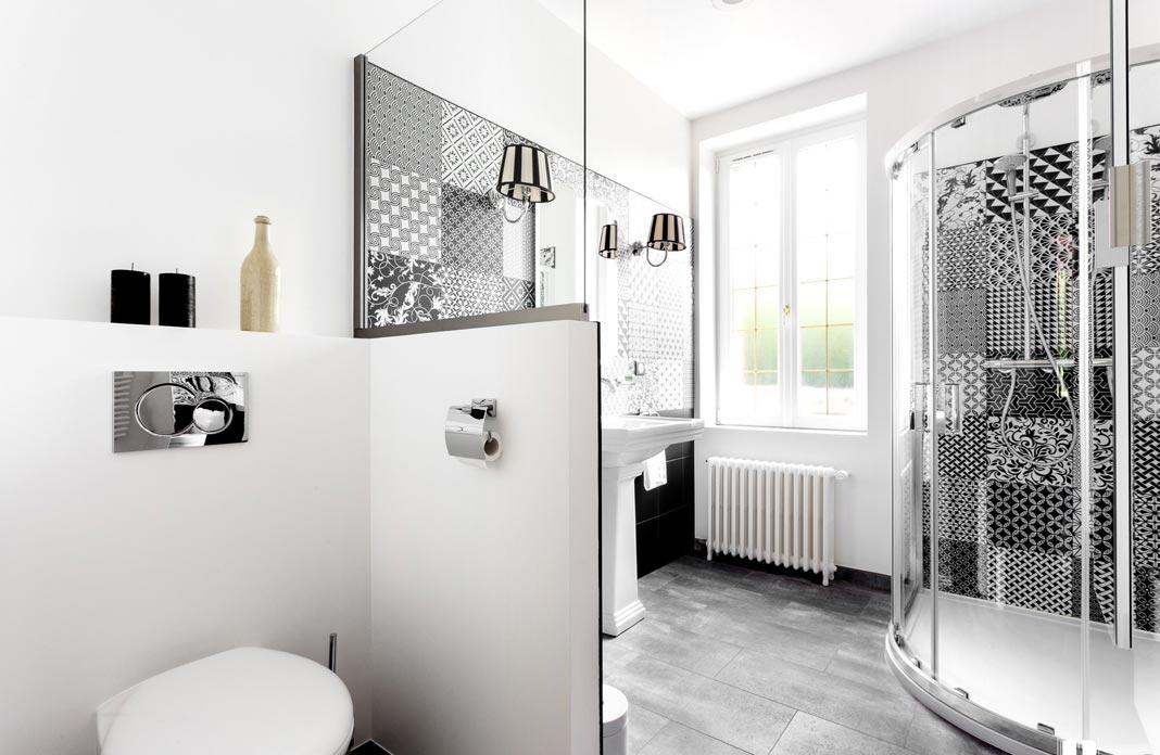 les mini cloisons ou murets pour mieux amenager la salle de bains