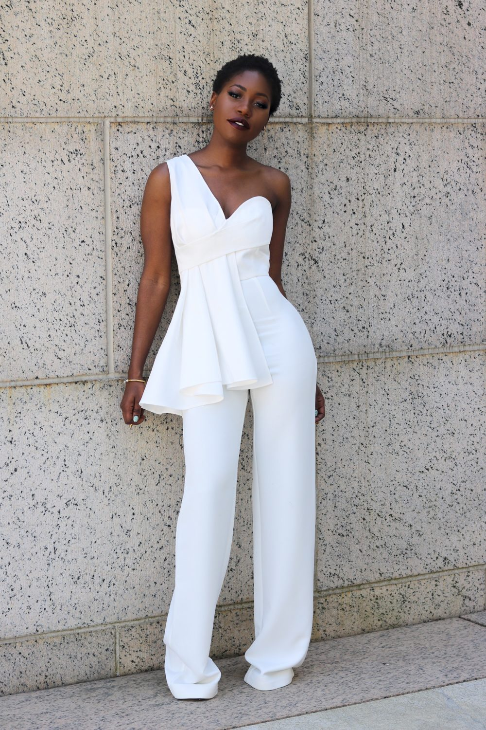 style synopsis_ white jumpsuit