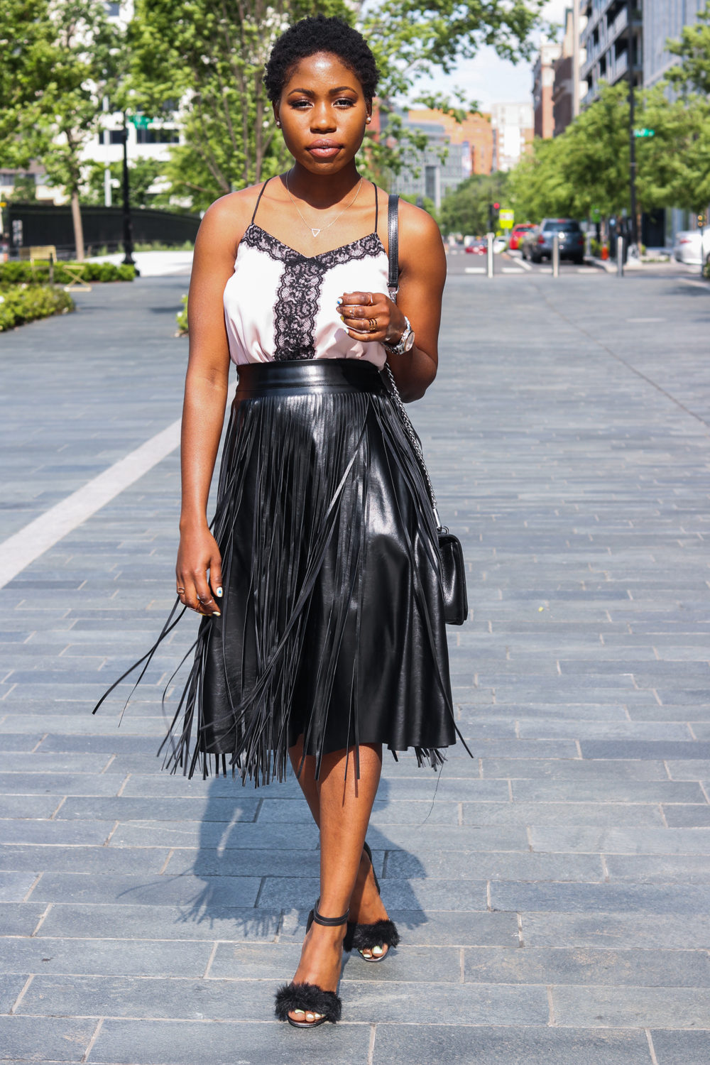 style synopsis chic conservative look