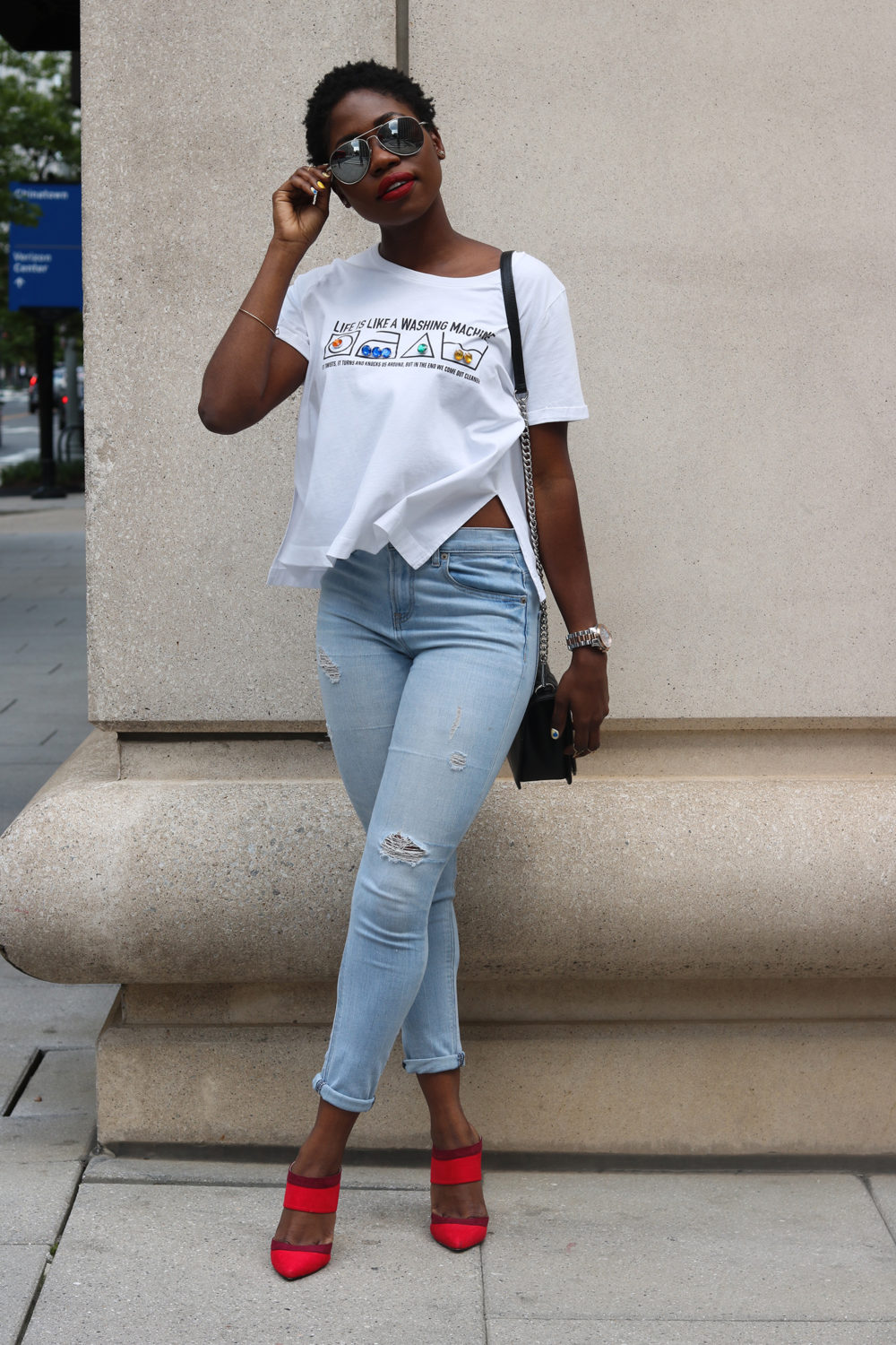 style synopsis destroyed jeans