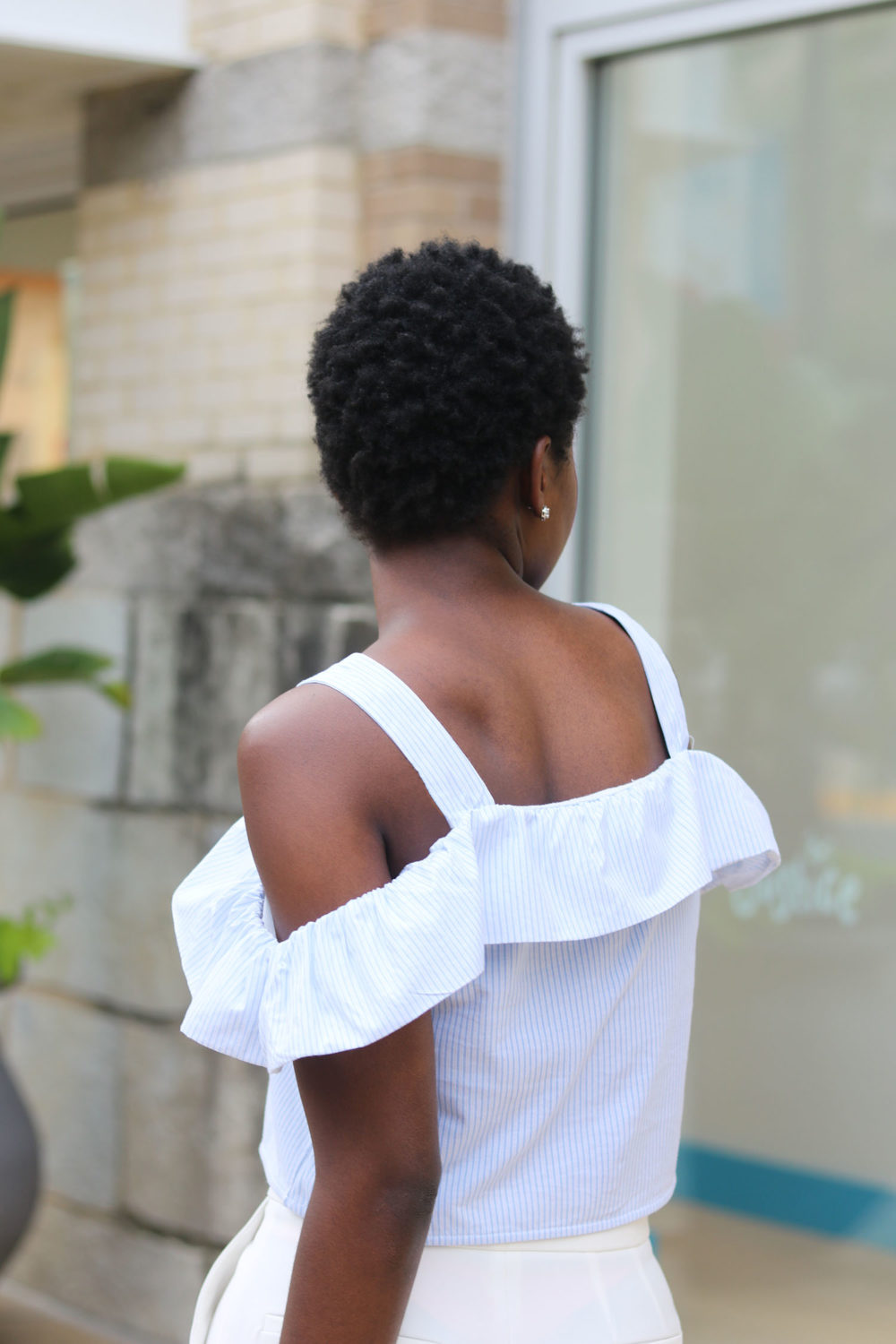 style synopsis off shoulder top