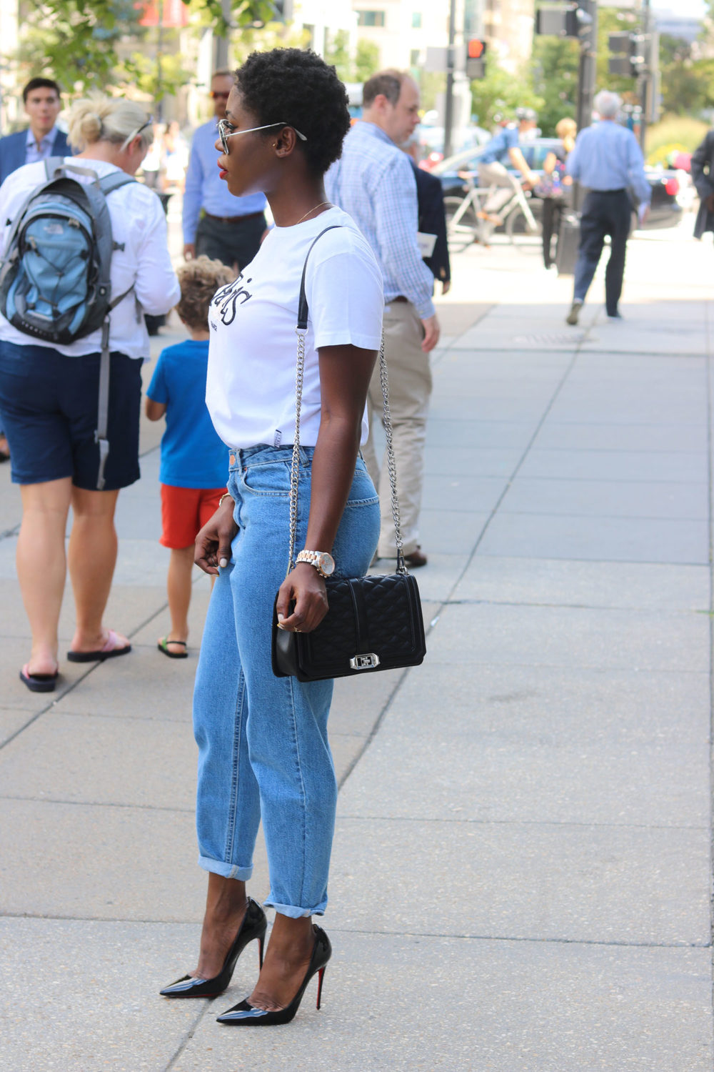 style synopsis-mom-jeans-street-fashion