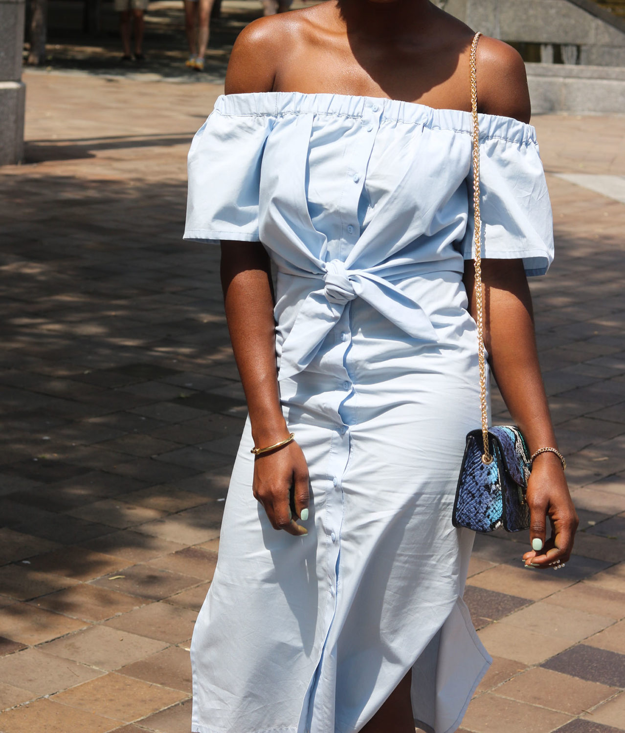 style synopsis off shoulder looks