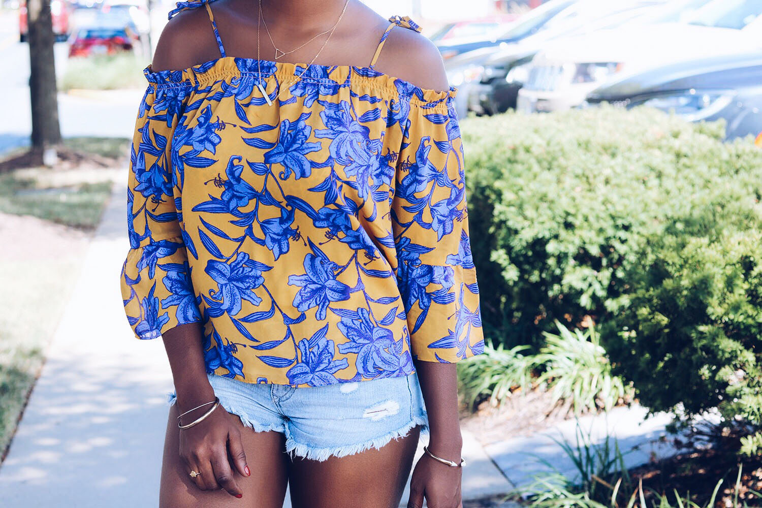stylesynopsis-floral-off-shoulder-blouse