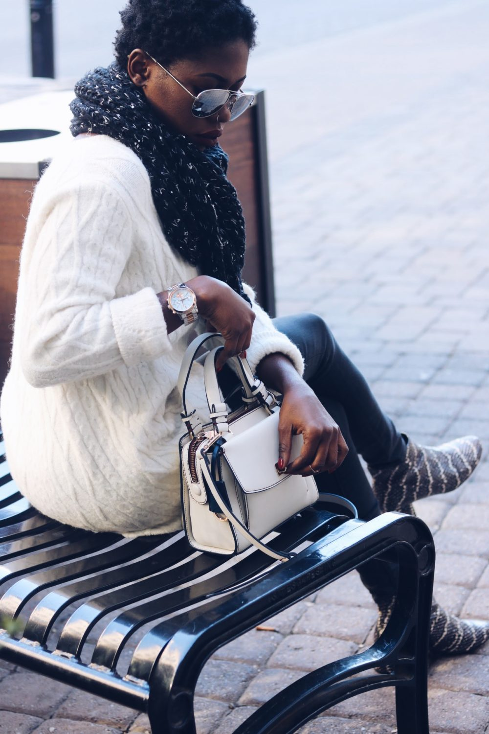 style-synopsis-mini-cross-bag-over-sized-sweater