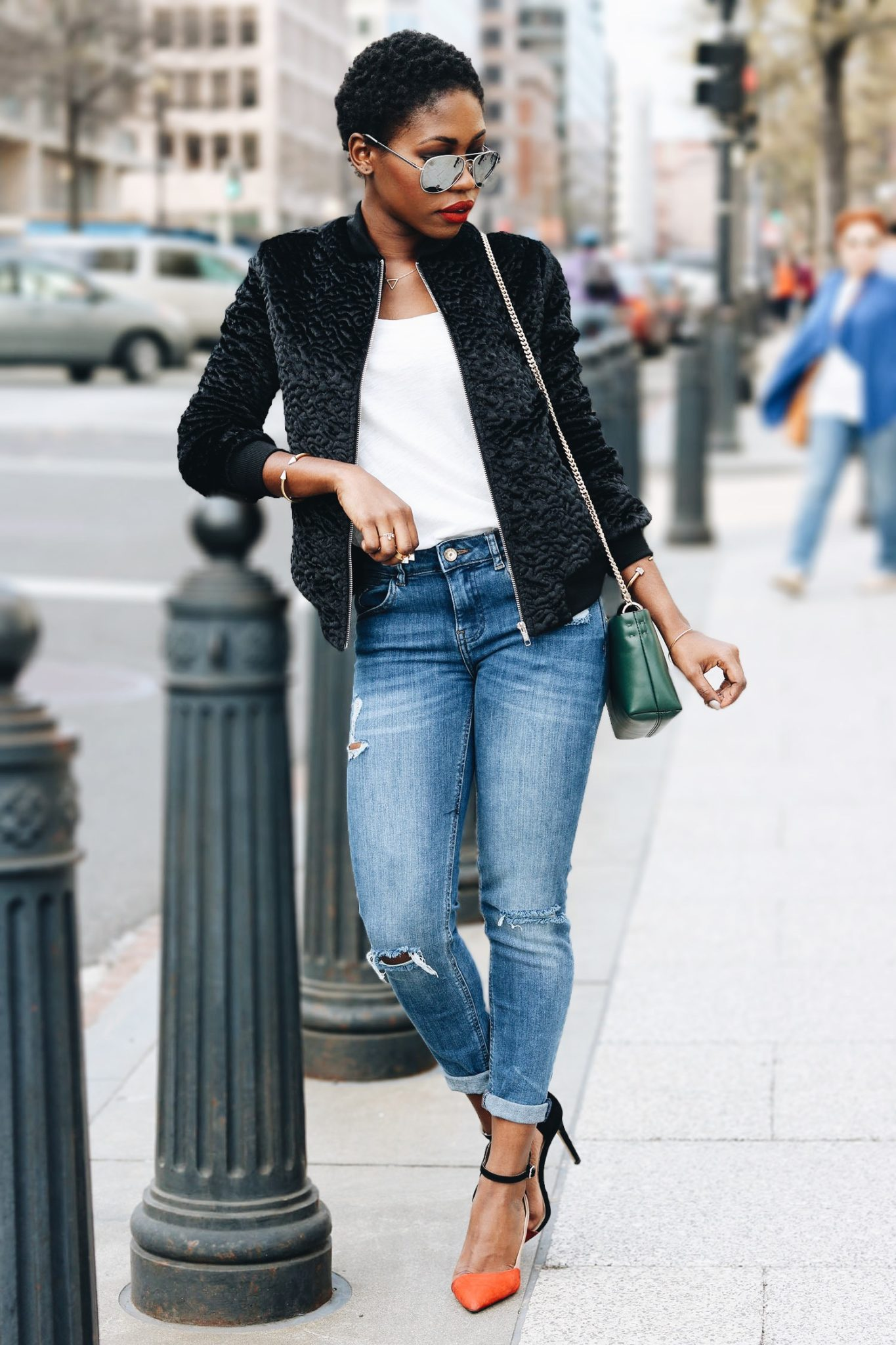 style-synopsis-bomber-jacket-look