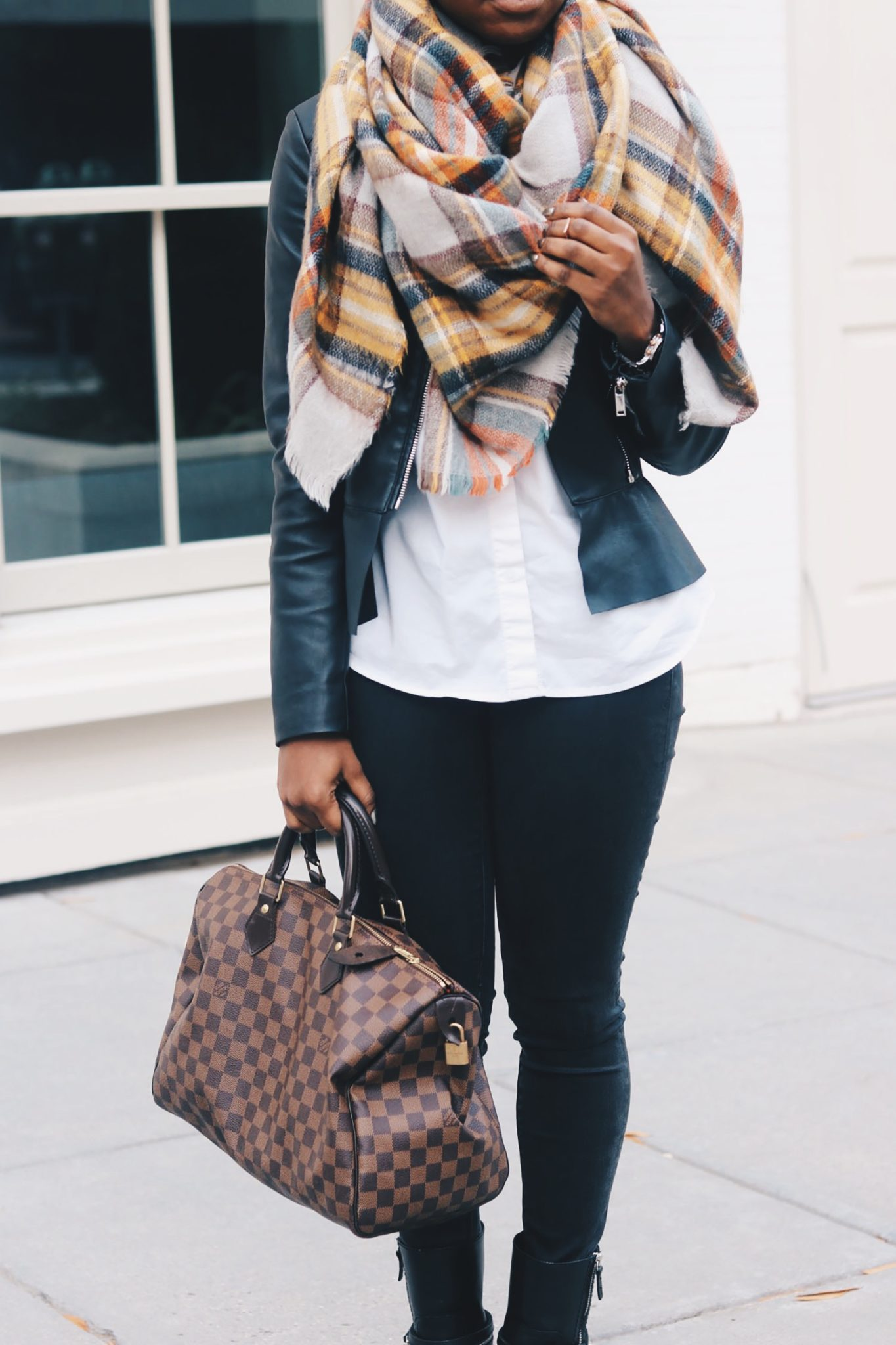 stylesynopsis-black-brown-fall-tones