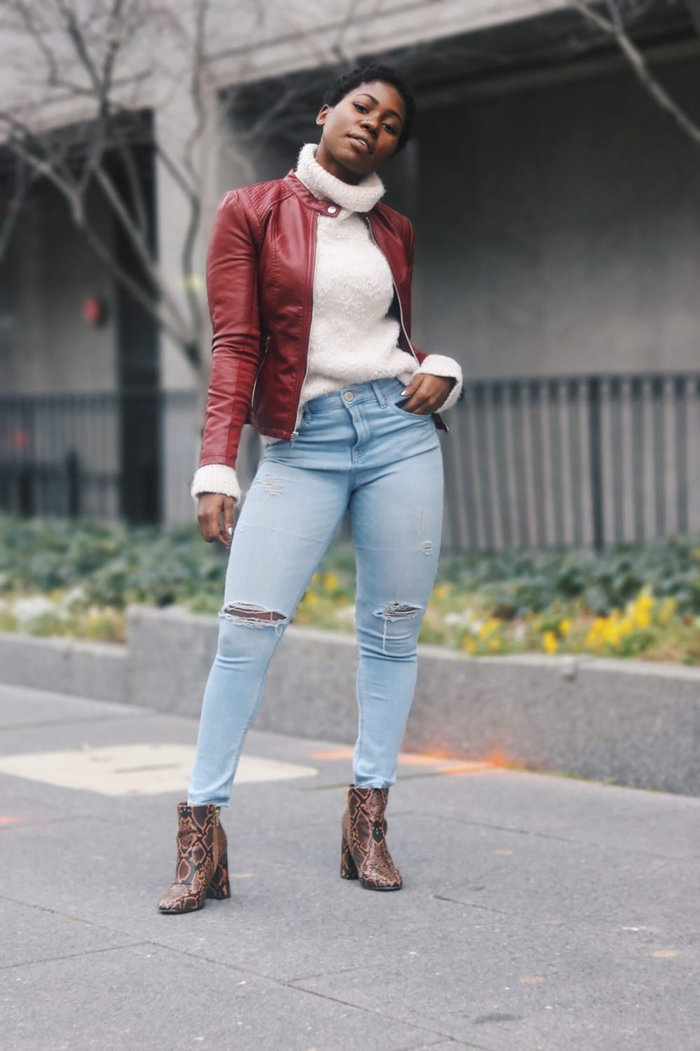 style-synopsis-snake-skin-boots-look