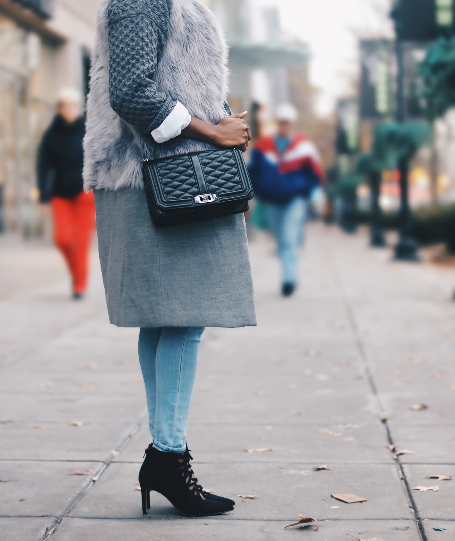 style-synopsis-gray-layers-winter-fashion