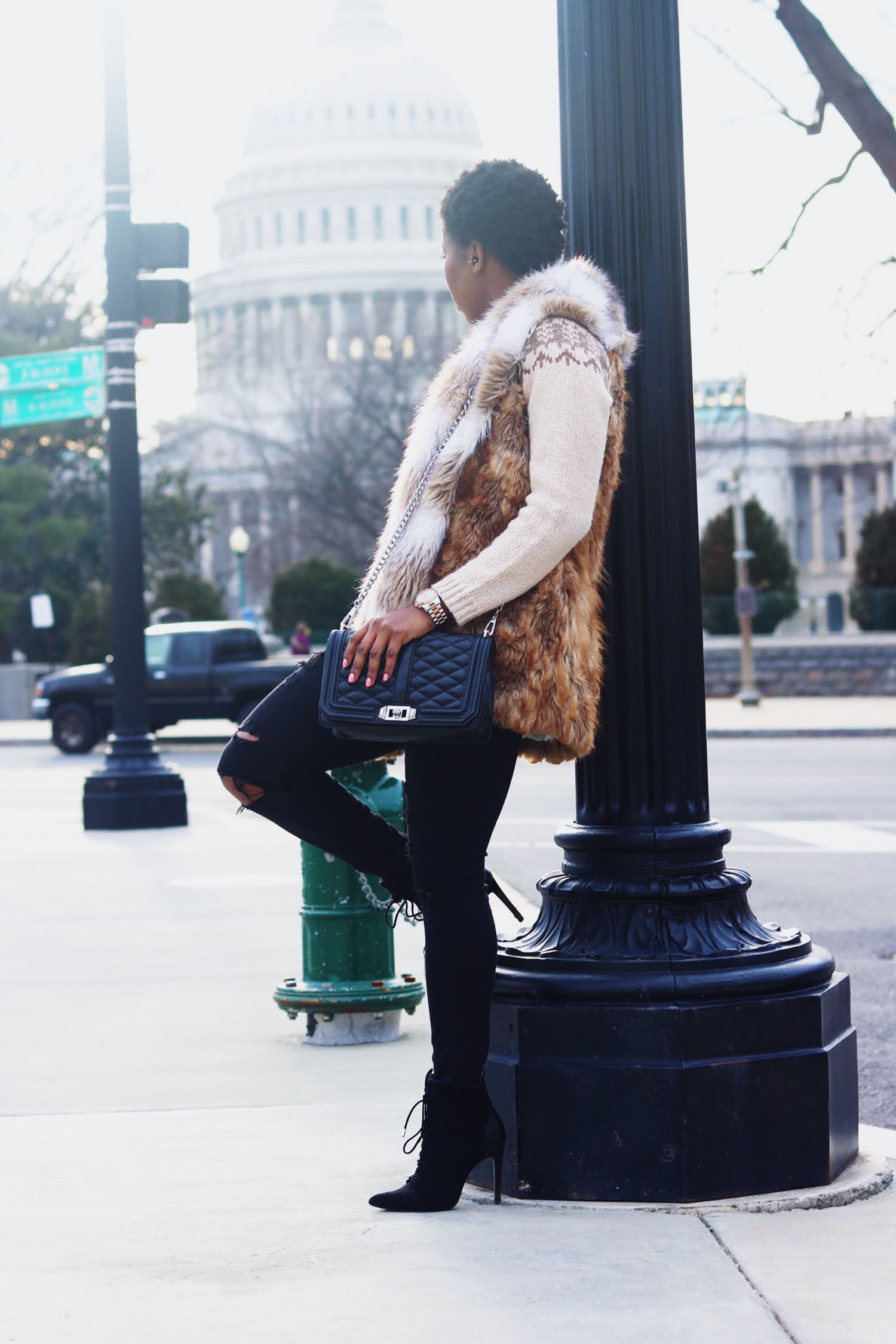 style-synopsis-fur-vest-sweater-style