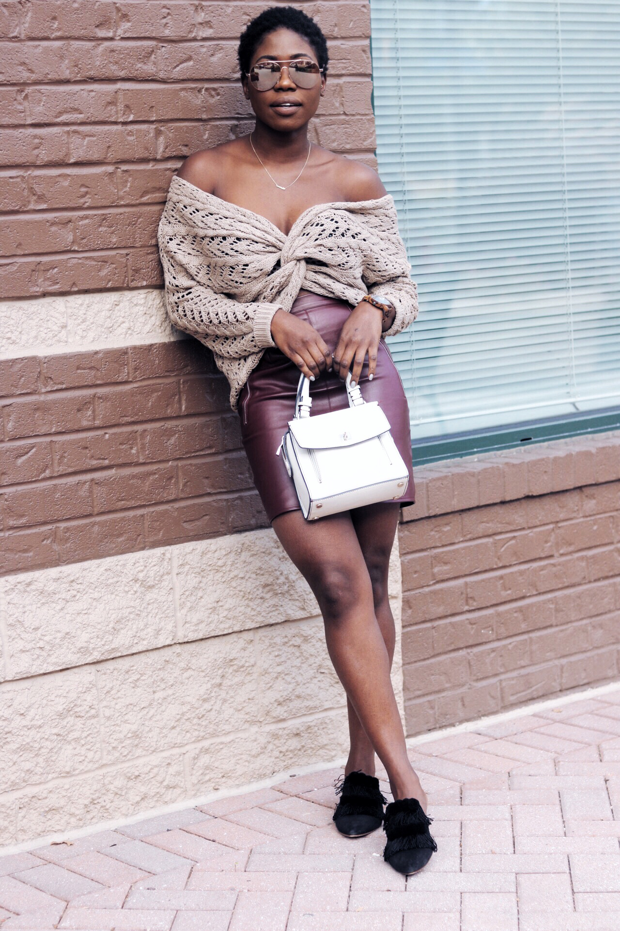 stylesynopsis-chunky-sweater-with-holes