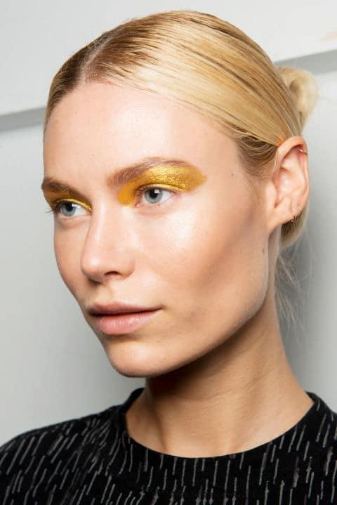 Custo Barcelona Spring 2017 creative makeup beauty trends