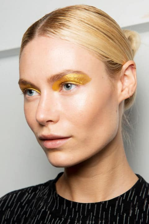Custo Barcelona Spring 2017 creative makeup beauty trends