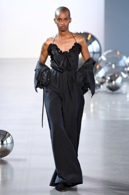 Noon by Noor New York Fashion Week Spring 2020 ©Imaxtree